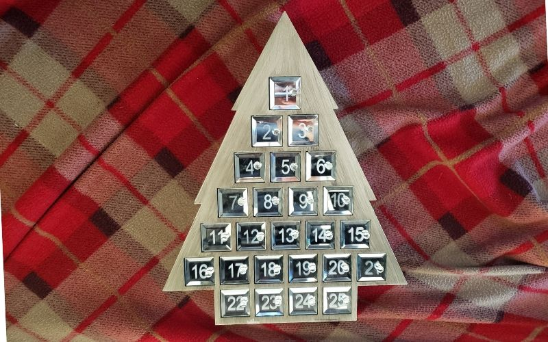 Christmas Advent Calendar – Frugal Fun Filler Ideas